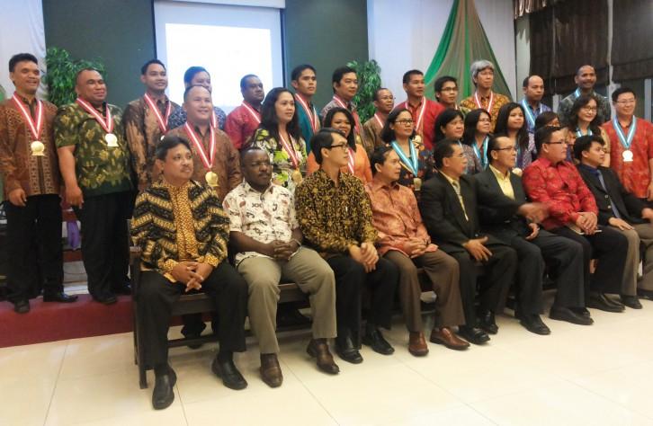 Wisuda/I STTJ Jakarta 2014