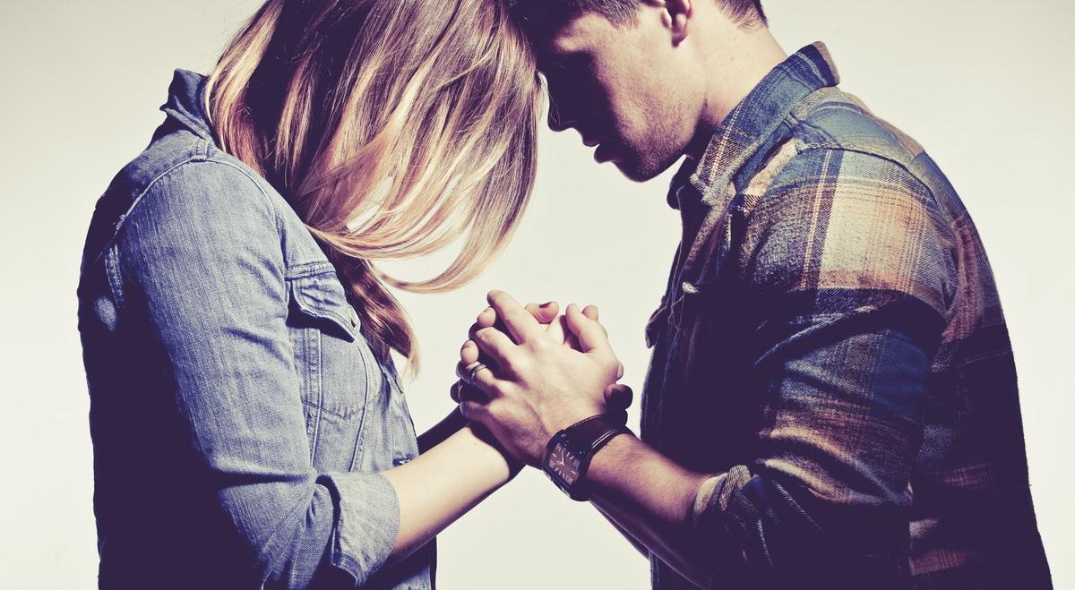 Kewajiban Berdoa dan Berdoa